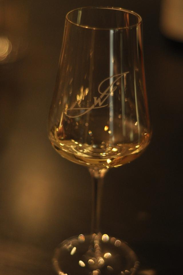 Un caviste, une signature. Le vin est un plaisir.